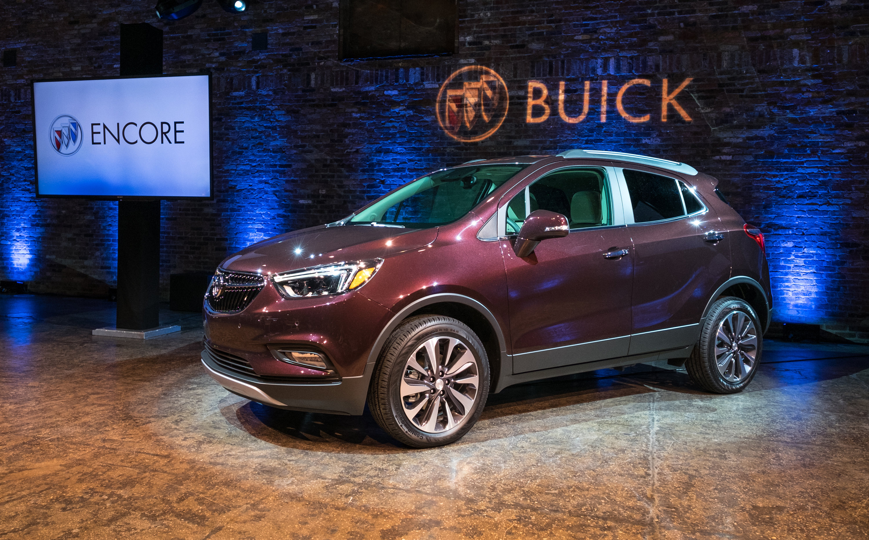 eagle for buick gmc find details contact lease crossover at us buickenvision sale envision the luxury new