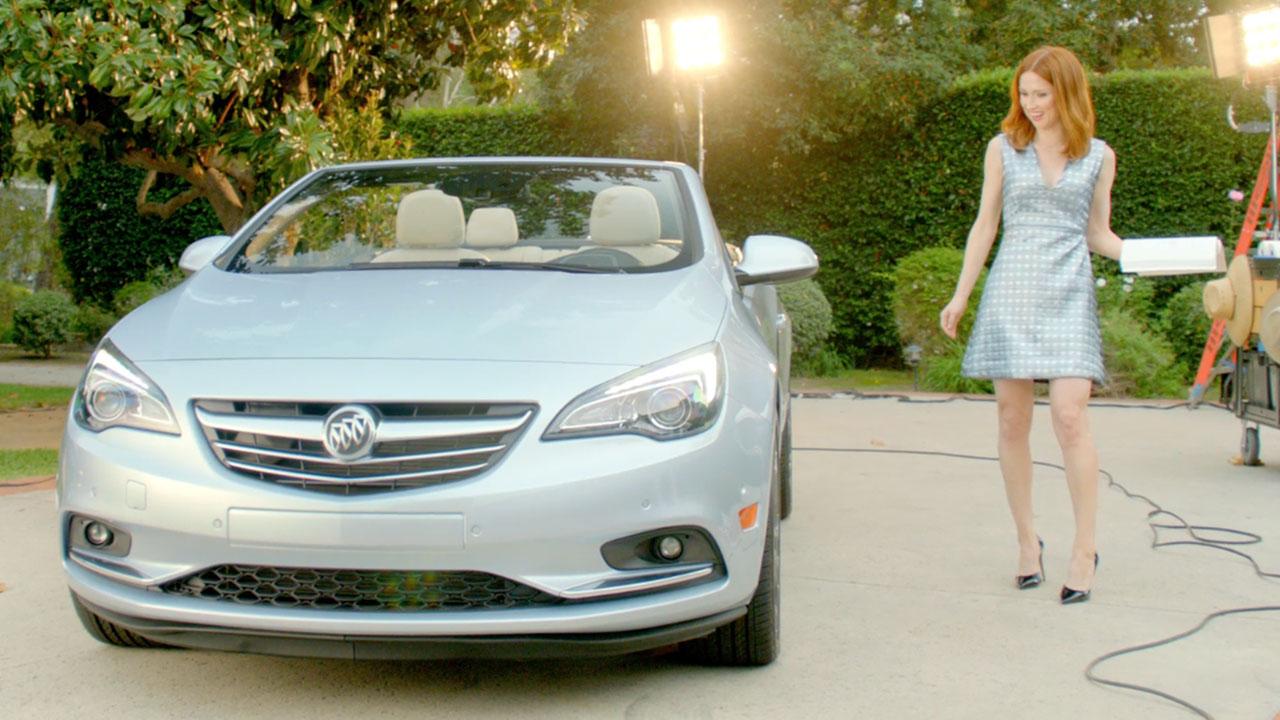 Unbreakable Kimmy Schmidt S Ellie Kemper Stars In Buick Digital Ad Campaign