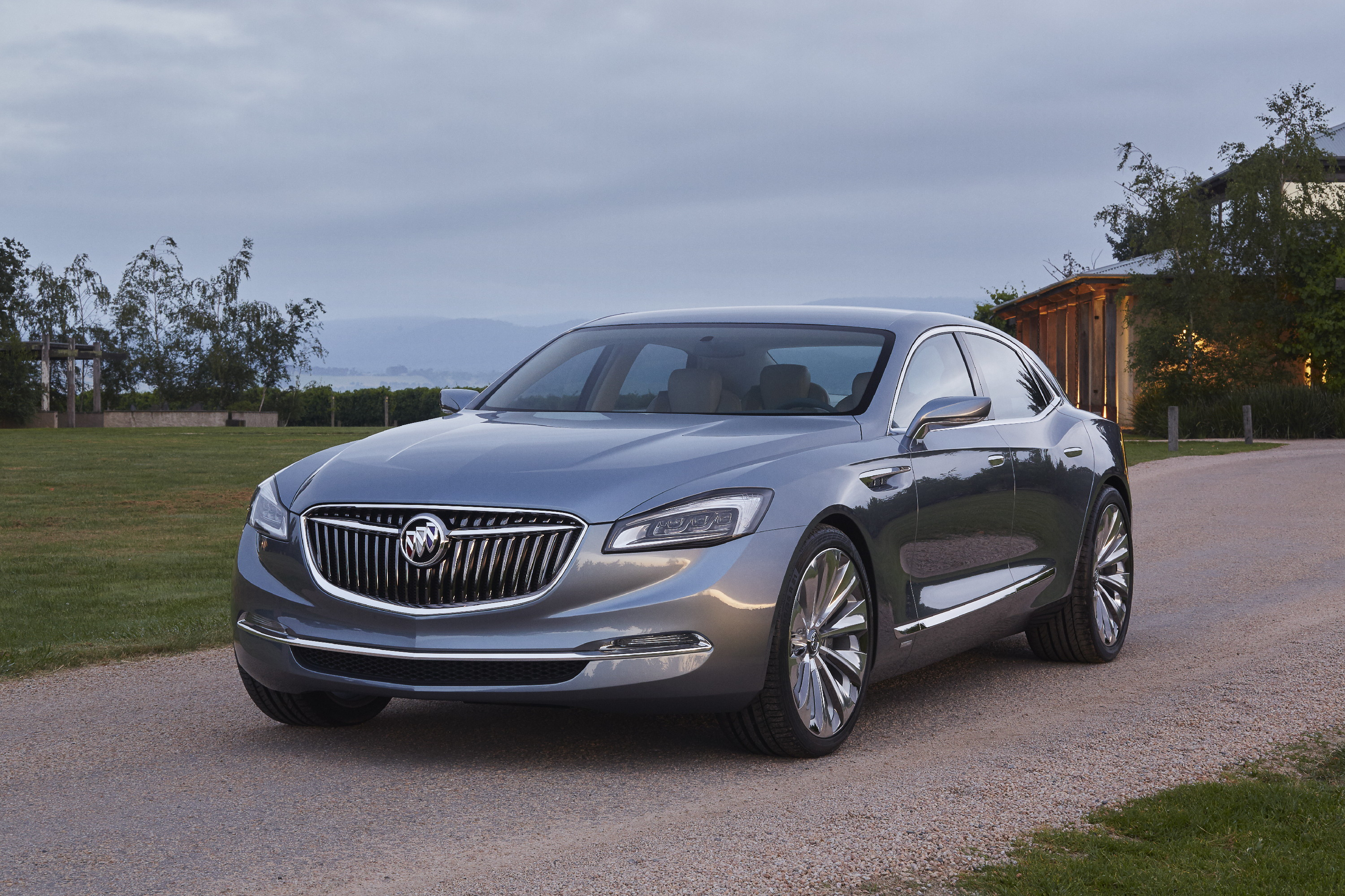 buick of size suvs features avenir showing ever mid suv image luxury first the grille enclave