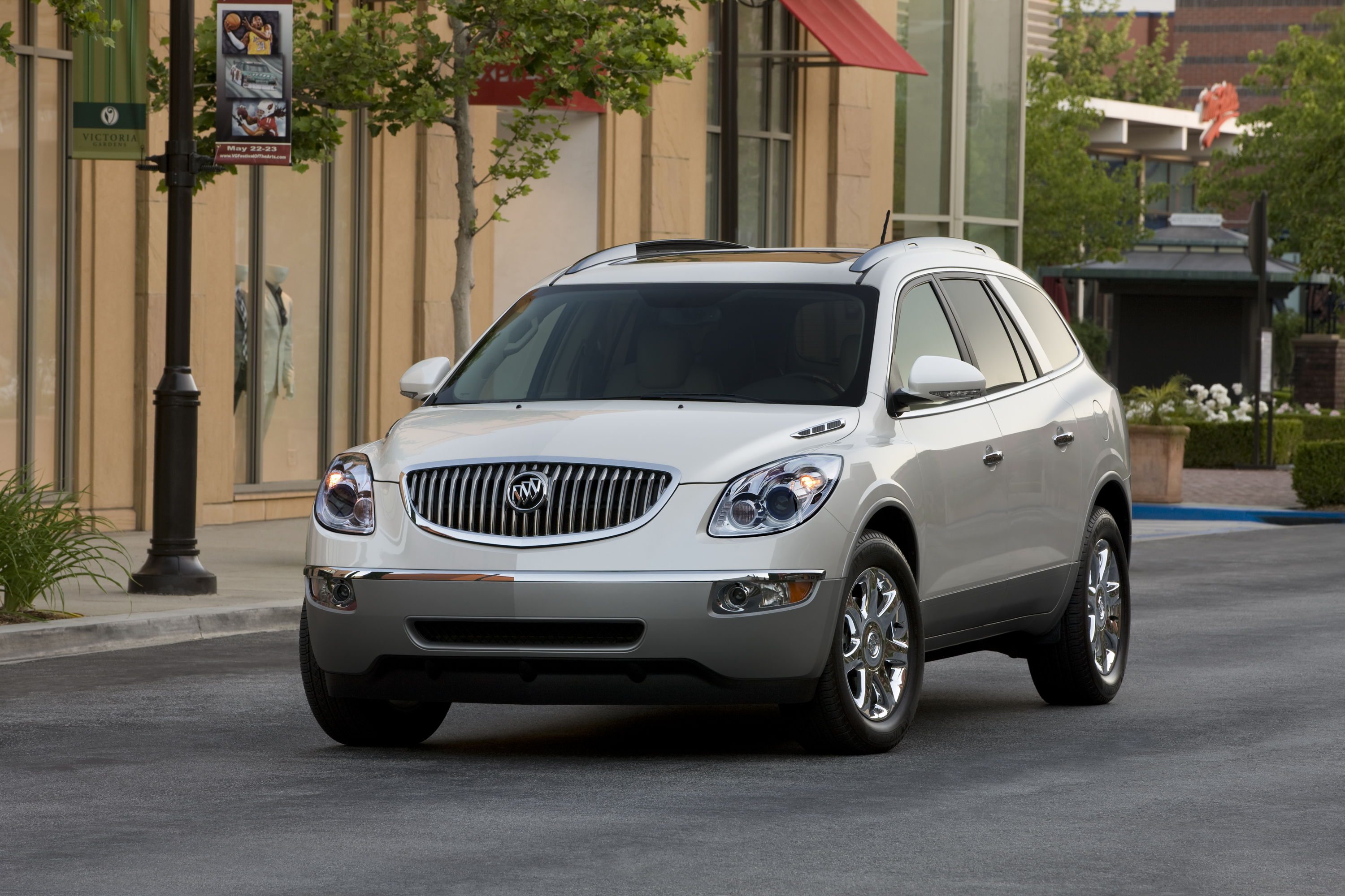 Buick LaCrosse: Dolly Towing from the Front (Front-Wheel Drive)